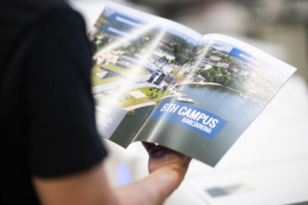 Från visitkort till broschyrer